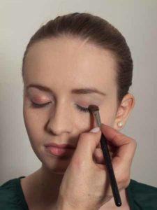 Nude Look, natürliches Make up - Heller Braunton