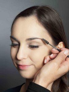 Bronzener Look - Augenbrauen 1