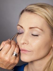 Daily Make up - Lidschatten auftragen 1