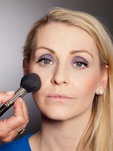 Daily Make up - mit Rouge konturieren 2