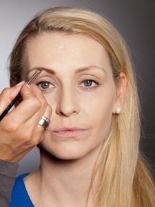 Daily Make up - Augenbrauen auffüllen 1