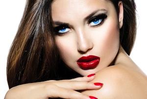 http://www.perfekt-schminken.de/uploads/2013/09/bigstock-Sexy-Beauty-Girl-with-Red-Lips-48322061-by-Subbotina-Anna-Kopie.jpg