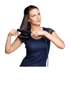 Frisur mit Innenrolle - Schritt 3