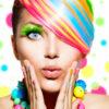 Blonde Strähnchen selber machen » Anleitungen für Strähnen mit Folien, Kamm oder Haube
