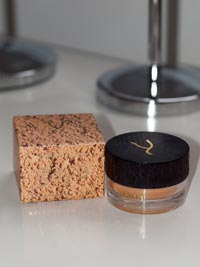 gaya-cosmetics-mineral-foundation2