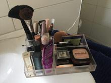 Kosmetik Organizer für den Schminktisch