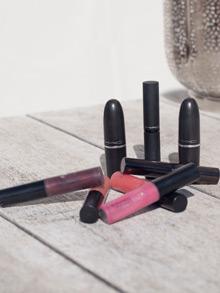 Lipgloss und Lippenstifte