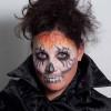 Zombie für Halloween schminken