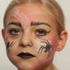 Spinnenfrau schminken – Vorher Nachher