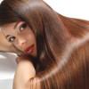 Haare perfekt glätten – der Sleek-Look
