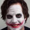Joker schminken – Schminkanleitung und Kostüm selber machen