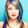 Farbige Akzente in den Haaren – welche Möglichkeiten gibt es? Haarkreide & Co